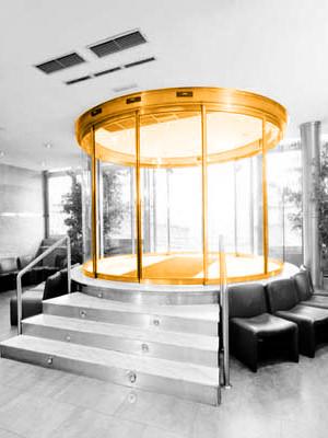 Instalación de puertas circulares curvas