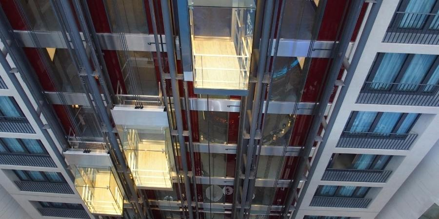ascensor panorámico edificio