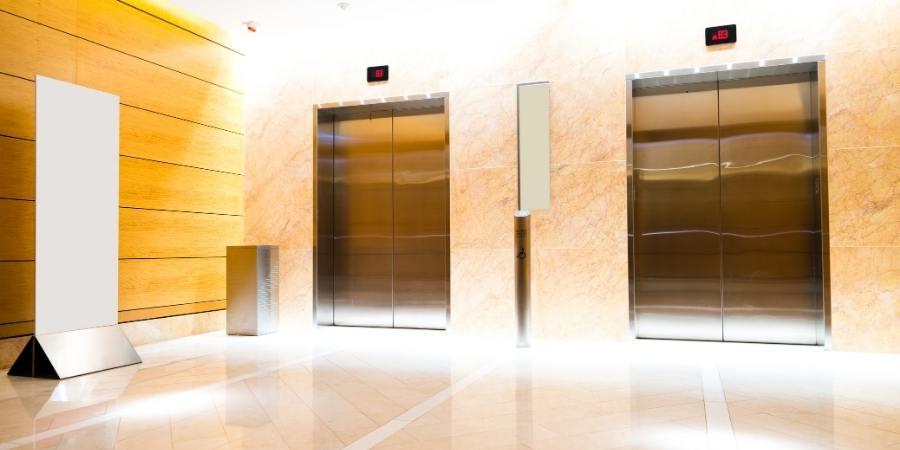 ascensor vestíbulo
